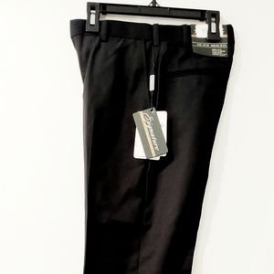 NWT Dress Pants by Signature Size 47 inseam 32